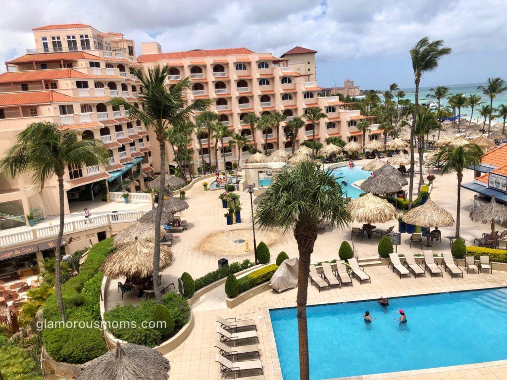 Glamorousmoms_PlayaLinda_Aruba