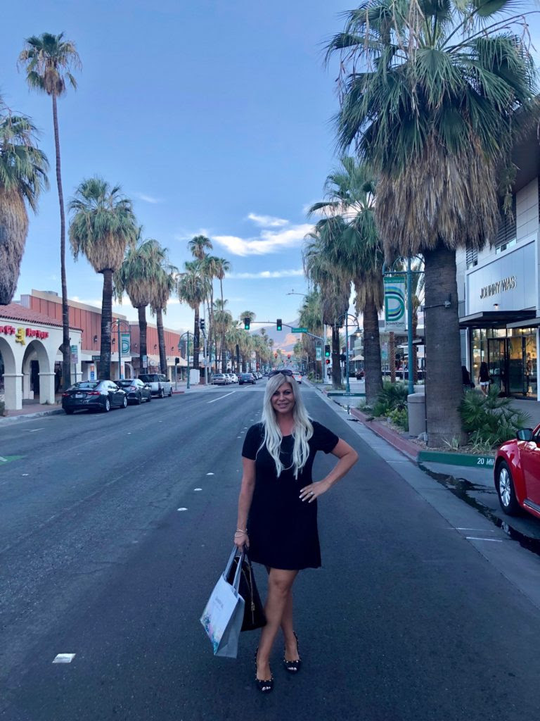 Shannon Lazovski shopping in Palm Springs