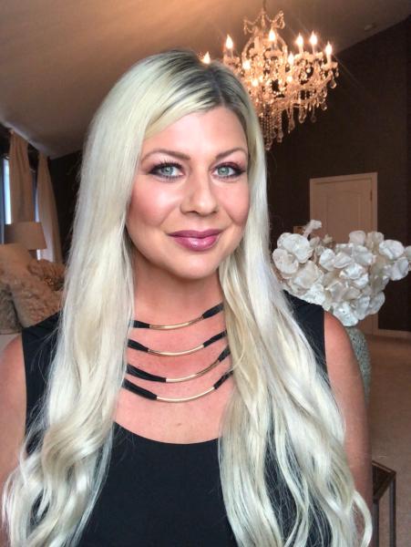 Shannon Lazovski of Detroit Fashion News and Glamorous Moms.